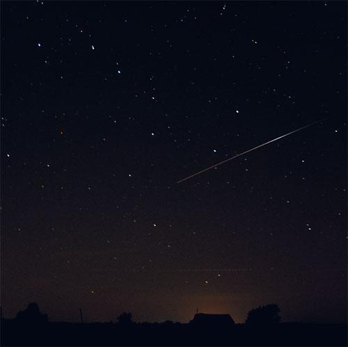meteoroid_perseus2007.jpg