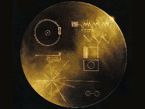 旅行者号所携带的金属唱片.jpg